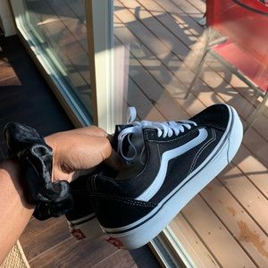Black old skool vans
